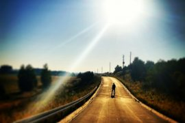 muž na ceste